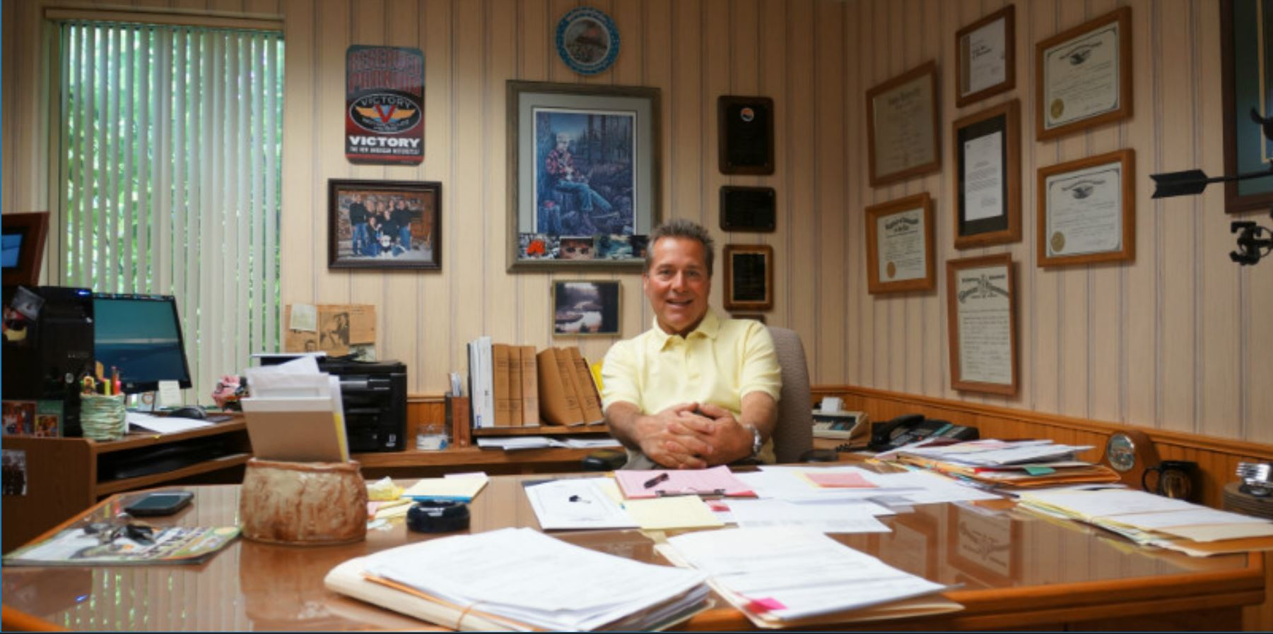Photo of Attorney John Cirilli in His office